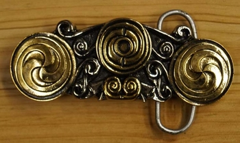 "Belt buckle  "" Double triscele """