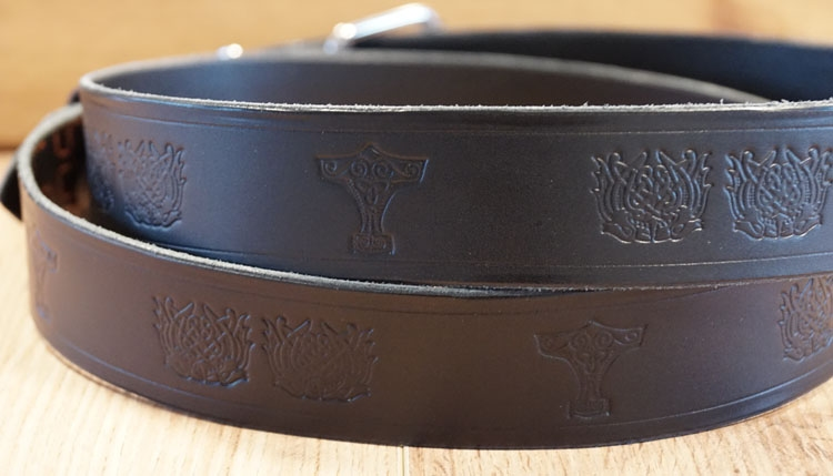 "Buckle riem ""  Celtic knot + celtic birds ""  zwart"